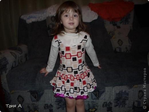 В таких платьях мои девочки ходили зимой в садик. Полюбила шить из трикотажа!!! Легко, просто и красиво!!!  фото 1