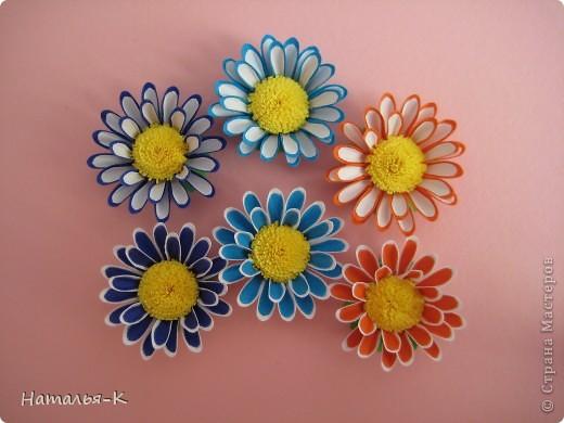 Приглашаю всех,(кому интересно) в мою рабочую ,,кухню,, Предлагаю вам рецепт ,,Цветы из дырокольных цветов,, фото 2