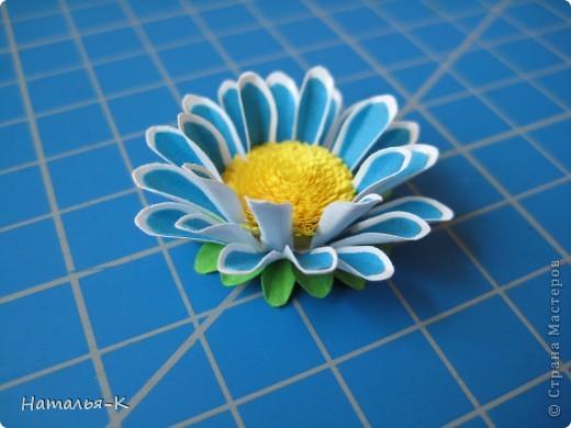 Приглашаю всех,(кому интересно) в мою рабочую ,,кухню,, Предлагаю вам рецепт ,,Цветы из дырокольных цветов,, фото 16