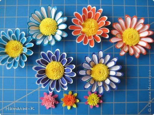 Приглашаю всех,(кому интересно) в мою рабочую ,,кухню,, Предлагаю вам рецепт ,,Цветы из дырокольных цветов,, фото 18