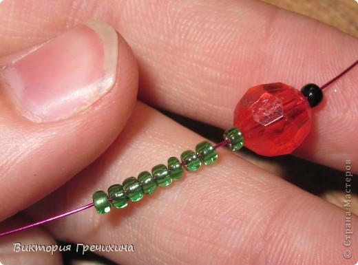 Здравствуйте, жители СМ! В этом мастер-классе я расскажу Вам как делать вот такие сережки - смородинки! Здесь моя конкурсная работа - http://stranamasterov.ru/node/363891 фото 4