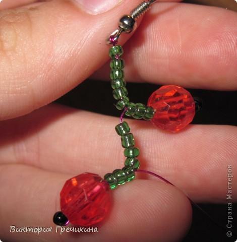 Здравствуйте, жители СМ! В этом мастер-классе я расскажу Вам как делать вот такие сережки - смородинки! Здесь моя конкурсная работа - http://stranamasterov.ru/node/363891 фото 7