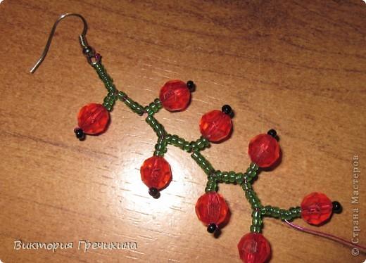 Здравствуйте, жители СМ! В этом мастер-классе я расскажу Вам как делать вот такие сережки - смородинки! Здесь моя конкурсная работа - http://stranamasterov.ru/node/363891 фото 8