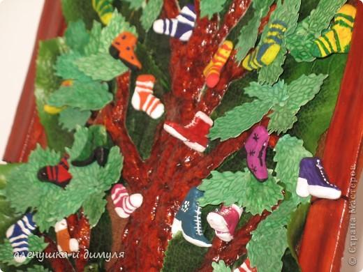 вот такое чудо -дерево по мотивам  стихотворения Чуковского, сделали мы с дочкой в школу. выражаю особенную благодарность Оксанке-Дилетантке за ее необыкновенную работу. НИЗКИЙ ПОКЛОН ЗА ТО, что делитесь своим мастерством.вот ссылка http://stranamasterov.ru/node/342964 фото 5