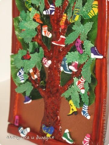вот такое чудо -дерево по мотивам  стихотворения Чуковского, сделали мы с дочкой в школу. выражаю особенную благодарность Оксанке-Дилетантке за ее необыкновенную работу. НИЗКИЙ ПОКЛОН ЗА ТО, что делитесь своим мастерством.вот ссылка http://stranamasterov.ru/node/342964 фото 10