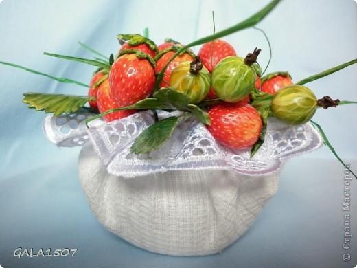 Здравствуйте мои дорогие!!!!!!!!!!! Сегодня я к вам с весенне-летним настроением. Хочу поделиться ароматом и сладко-кислым вкусом ягод и блаженством шоколада, всё-таки многие его уважают! Приятного вам аппетитного просмотра!!!!!!!!!!!!!!!!!!!!! фото 6