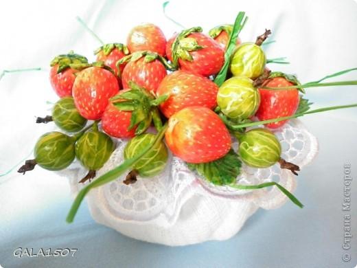 Здравствуйте мои дорогие!!!!!!!!!!! Сегодня я к вам с весенне-летним настроением. Хочу поделиться ароматом и сладко-кислым вкусом ягод и блаженством шоколада, всё-таки многие его уважают! Приятного вам аппетитного просмотра!!!!!!!!!!!!!!!!!!!!! фото 11
