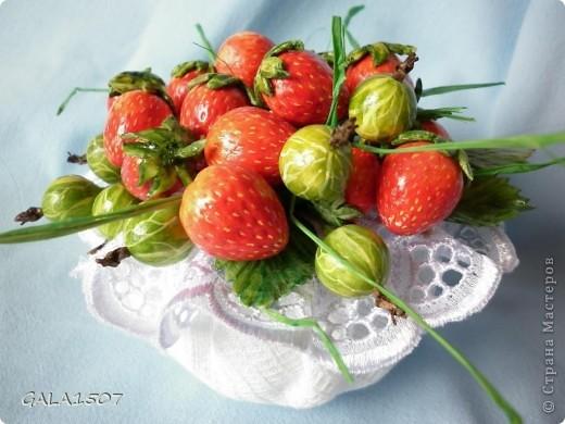 Здравствуйте мои дорогие!!!!!!!!!!! Сегодня я к вам с весенне-летним настроением. Хочу поделиться ароматом и сладко-кислым вкусом ягод и блаженством шоколада, всё-таки многие его уважают! Приятного вам аппетитного просмотра!!!!!!!!!!!!!!!!!!!!! фото 8