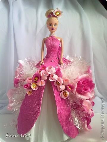 Доброго времени суток,дорогие мастерицы,наконец-то и у меня появилась конфетная кукла,делала ее дочке на день рождения,вот решила поделится с вами результатом моей деятельности))) фото 1