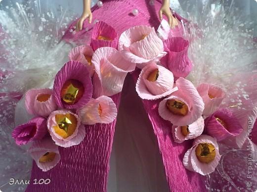 Доброго времени суток,дорогие мастерицы,наконец-то и у меня появилась конфетная кукла,делала ее дочке на день рождения,вот решила поделится с вами результатом моей деятельности))) фото 5