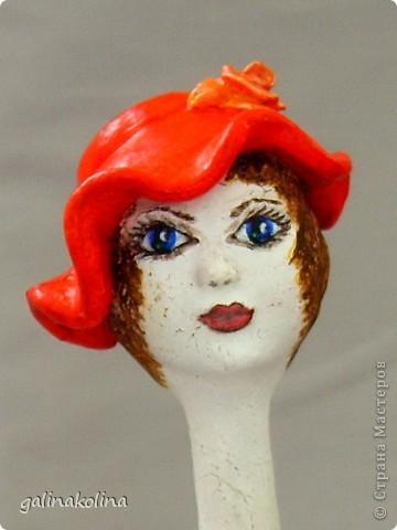 Девочки!Дорогие мои, у меня слепилась (и раскрасилась) вот такая морячка,отчего-то назвалась она Ассоль,хотя у Грина было иначе...Как она вам?  фото 14