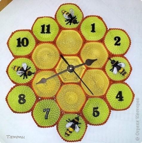 Сделала вот такие часы. Идея и МК взяты http://stranamasterov.ru/node/97621?c=favorite. Спасибо большое мастерам за то, что делятся своим мастерством.