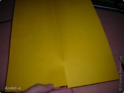 наверное мы все сталкиваемся с проблемой нарезки бумаги для квиллинга..это долго и утомительно...вот и захотелось мне уничтожитель бумаги дома..  фото 3