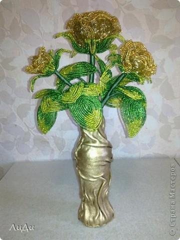 Золотые розы из биссера фото 2