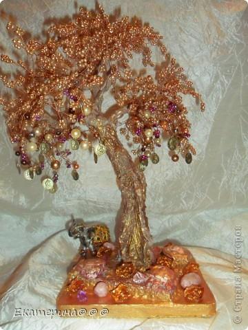 Доброго времени суток!!! Выношу на ваш суд жители СМ еще одно свое так сказать произведение! Подарок для подруги.... Денежное дерево с символом счастья- слоником!!! фото 1