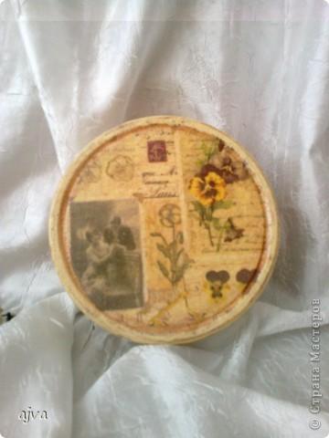 Вот очередное мое изделия. Как все уже догадались-  была когда-то коробка с печенюшками.  фото 1