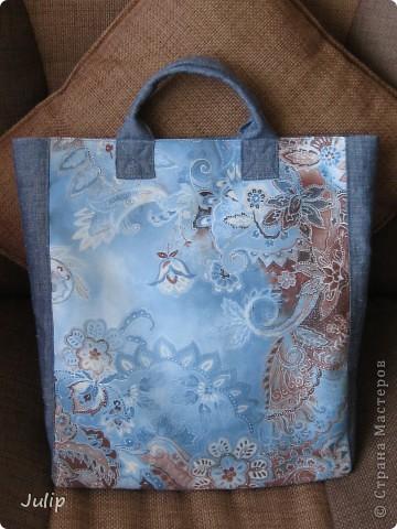 Очень понравился кусок ткани (лицевая сторона сумки) благодаря которому и получилась эта сумка. фото 1
