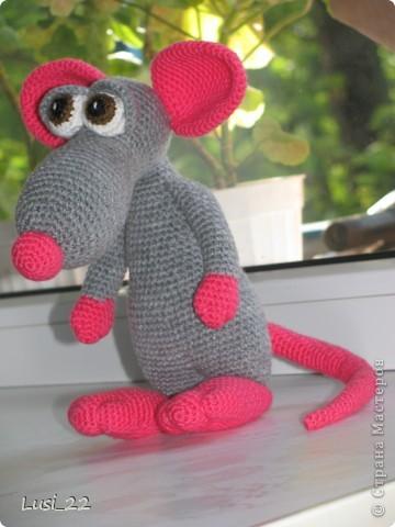 Теперь и у меня есть прелестный мышь. Я в него влюбилась. Наверног самая красивая из моих игрушек (скромная я ))) фото 3