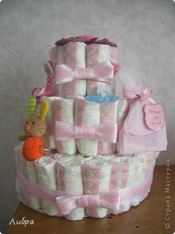 Новый тортик из памперсов, для очеровательной малышки. фото 1