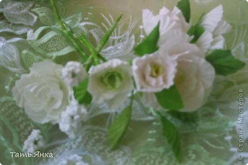 Здравствуйте,дорогие мастерицы.Выставляю на ваш суд мое новое увлечение-цветы из ткани.Корзиночку я уже выставляла,в прошлом она конфетница.Теперь она превратилась в корзиночку для моих цветочков. фото 8