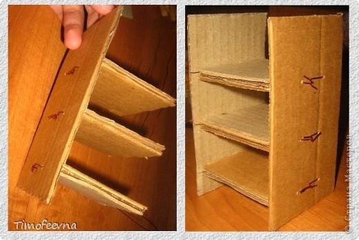 Здравствуйте!! В этом блоге я хочу показать небольшой МК очередной моей мебели из картона для куклы Барби младшей дочки. А именно процесс создания письменного стола. фото 13