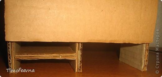 Здравствуйте!! В этом блоге я хочу показать небольшой МК очередной моей мебели из картона для куклы Барби младшей дочки. А именно процесс создания письменного стола. фото 23