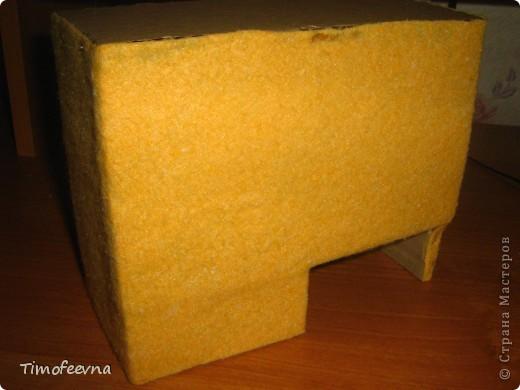 Здравствуйте!! В этом блоге я хочу показать небольшой МК очередной моей мебели из картона для куклы Барби младшей дочки. А именно процесс создания письменного стола. фото 29