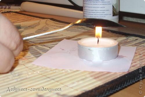 """Свечи для семейного очага.  Тонкие и длинные свечи будут держать мамы жениха и невесты. А потом от этих двух свечей будет зажжена большая свечка (толстая), как символ семейного очага молодых. Т.к. мы планируем свадьбу в лавандовом стиле, то свечи украсила рисунком лаванды. Ленточек и страз мало, т.к. девиз наших свадебных аксессуаров - """"минимализм в эстетике"""" фото 4"""