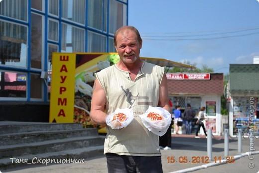 Проснулись. Размялись. Умылись. Подкрепились.  Поехали в Тернополь к давним давним знакомым. К папиному брату. И ещё хотели окрестности посмотреть,но из-за очень холодной погоды. Съездить смогли только в Кременец и Почаев. фото 30
