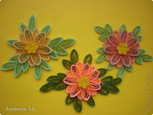 Насмотрелась я на магнитики мастериц, и в первую очередь, - Валентины Ивановны (Vakir), и захотелось мне тоже сделать мини-композиции с цветами. Это первая порция. Магниты делать очень понравилось, поэтому на этом не остановлюсь) фото 1