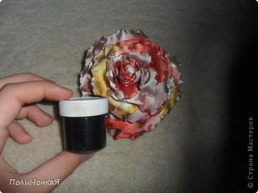 Вот моя роза на заказ.Первый раз делала  розу из ткани. Ткань очень быстро загорается. Намучалась я основательно. фото 4