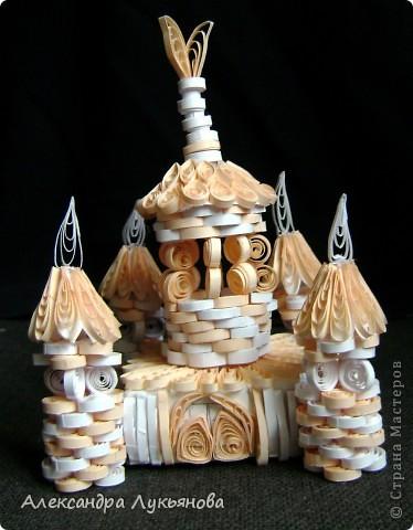 """Здравствуйте, Мастера и Мастерицы. Хочу представить Вам свою новую работу - """"Сказочный замок"""". Замок построен для участия в задании от блога Хомячок Challenge """"Добавь объем"""" фото 2"""