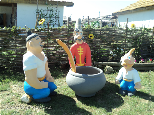 """19 мая было открытие этнографического музея """"Атамань"""" который находится в Краснодарском крае на Таманском полуострове. Я со старшими сыновьями приехали на этот праздник. Впечатлений - море, хотя и моря там хватало.  фото 6"""