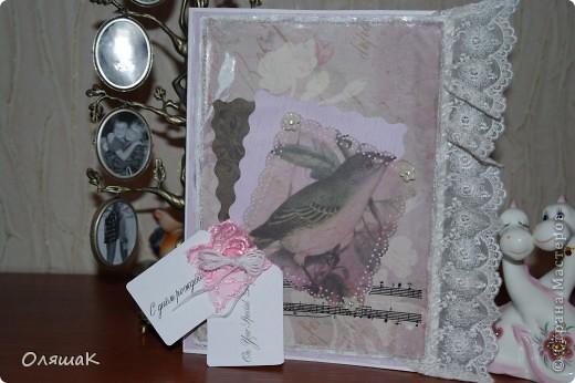 Хотела попробовать смастерить открытку в стиле шабби шик,  по-моему у меня получился некий симбиоз, винтаж- шабби шик....Делала открытку  сестре на  день рождения, буду рада  любому мнению. фото 1