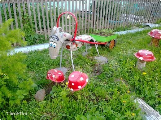 Вот такую Фросю в яблоках мы сделали из шин! Потратили пару выходных, но это того стоило! фото 1