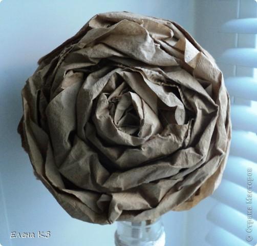 """Топиарий """"Фарфоровая роза"""". Очень много видела топиариев и в СМ в том числе. Но мне хотелось - одним цветком, а не букетом, а еще..... В общем, то что я хотела у меня получилось. А сделала я это так.... фото 7"""