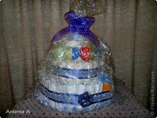 Тортик из подгузников в подарок любимой племяннице к рождению сыночка))) фото 1