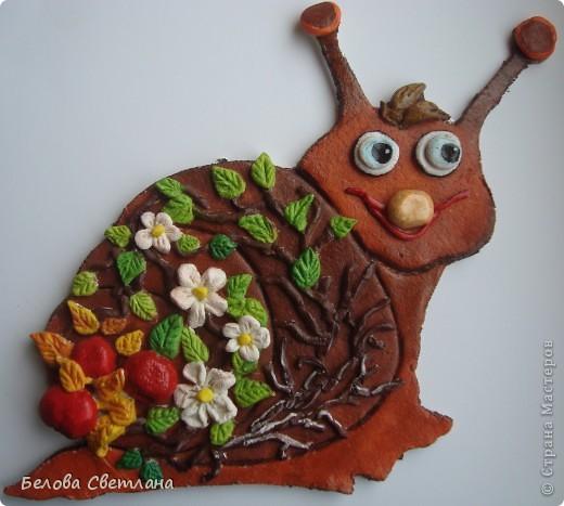 Первая попытка лепить из солёного теста.... До этого были только грибочки с сыном для садика... Оказалось очень увлекательно и приятно для рук -- очень податливый, пластичный материал!!! Вдохновлялась работами Больших Мастеров, которых очень уважаю: Антка  http://stranamasterov.ru/user/152865 GALA1507  http://stranamasterov.ru/user/108361 lyubamaster  http://stranamasterov.ru/user/125472 фото 1