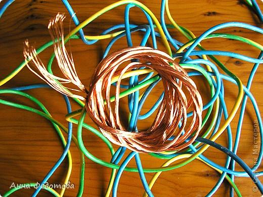 Для тех, кто ещё не выбрал, какую проволоку лучше использовать для плетения бисерных деревьев и цветов. Предлагаю это обсудить. Расскажу, какую проволоку использую я, а вы расскажите, пожалуйста, какая проволока нравится вам и почему. фото 6