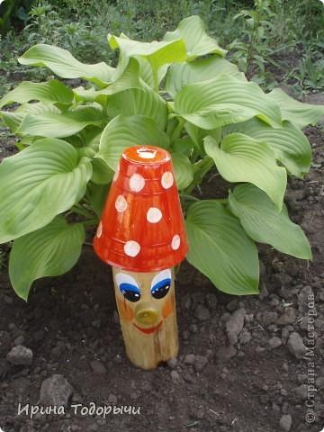 вот во дворе нашла полено и родилась такая идея( где-то уже видела в инете). фото 2
