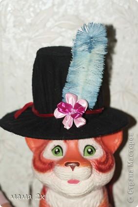 шляпки, перья и цветы фото 2
