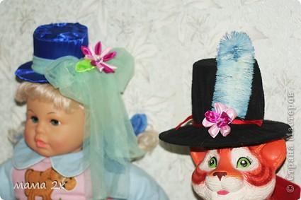 шляпки, перья и цветы фото 1