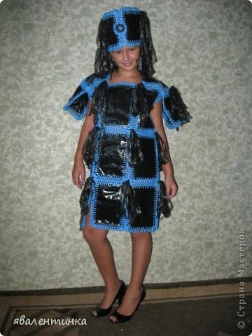 платья из пакетов для мусора фото 5