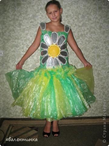 платья из пакетов для мусора фото 1