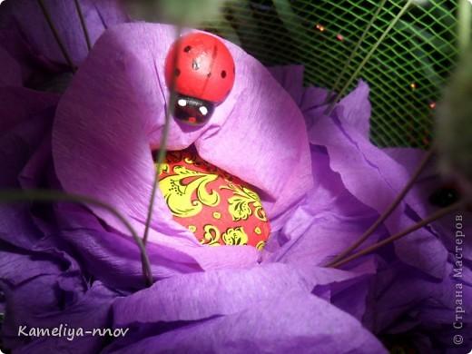 Конфетно-цветочный букет на 8 марта фото 4