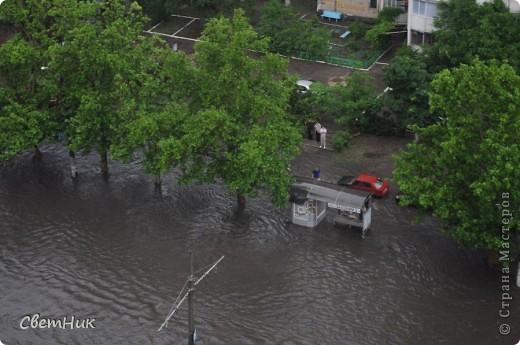 Дорогие жители Страны! Приглашаю вас прогуляться по Одессе, пройтись по ее улицам , Сегодня в Одессе прошел сильный дождь,  Перевыпь затопило сын возвращаясь с учебы попал в пробку,  фото 7