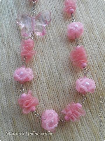 Купила в магазине 2 бабочки - одну насыщенного розового цвета, вторую - бледно-розовую. Долго лежали, и наконец я решила что с ними можно сделать. фото 6