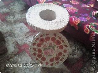 Добрый день!Представляю свое произведение)столик. фото 3