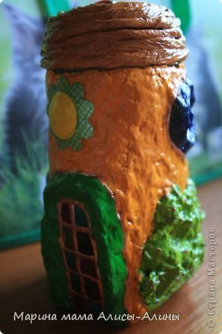Вот такой наш домик.Солнце светит над дверью  вовсю! фото 4