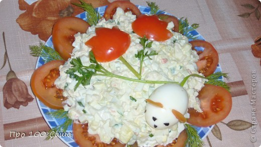 Вот такие бутербродики с божьими коровками Ингредиенты-батон,майонез,оливки,помидоры черри,сыр хохлонд,зелень. фото 2